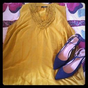 Alfani sleeveless blouse with cami.